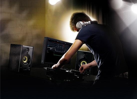 Este simplu sa devii DJ talentat