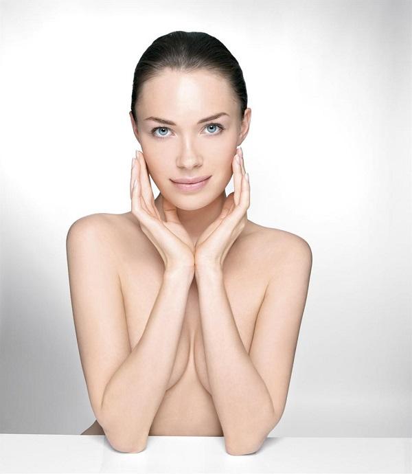 Stii ce presupune un rasfat complet? Alege un salon cu tratamente de cosmetica si lasa-te alintata!